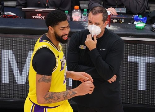 Lakers hold their breath for healthy roster in Indiana