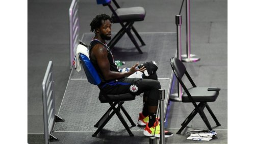 Clippers lose Patrick Beverley with broken hand