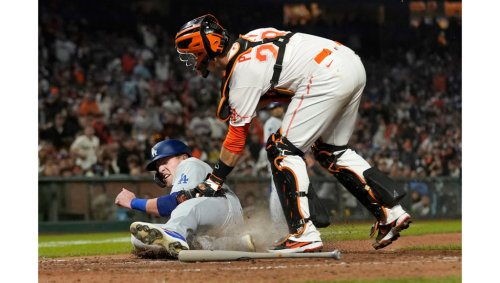 Throwing error by Cody Bellinger sinks Dodgers in latest loss to Giants