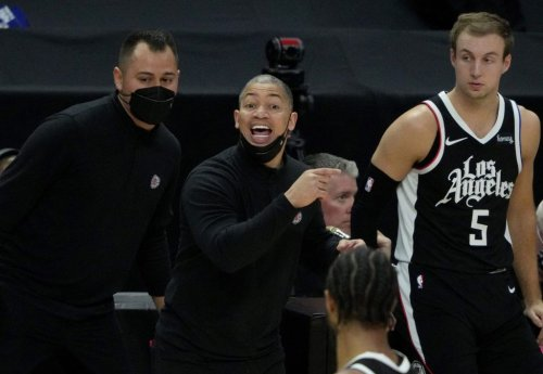 Tyronn Lue calls on L.A. basketball fans to rally around Clippers