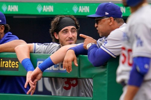 Dodgers' Cody Bellinger 'close' to breaking out of slump, Dave Roberts says