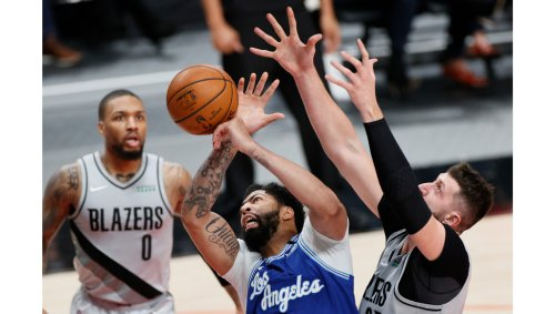 Whicker: Lakers play just well enough against Blazers to feel the pain