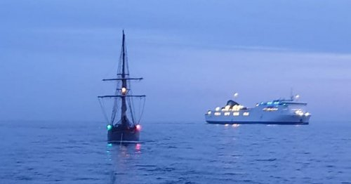 Historic 'Flagship of Liverpool' tall ship rescued by RNLI off North Wales