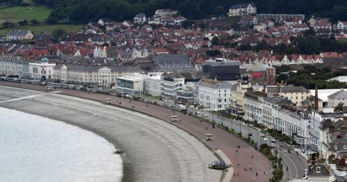 Llandudno seafront hotel under Best Western brand comes on the market