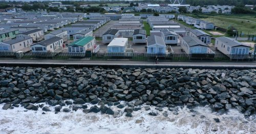 'Ludicrous' sea defences are risk to tourism industry, claims councillor
