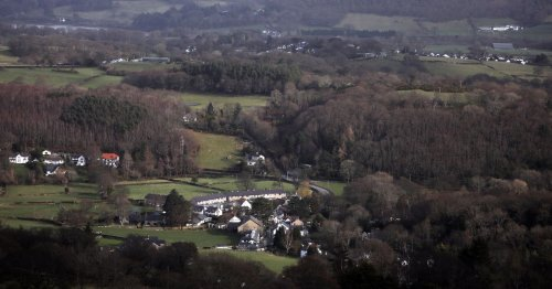 Earthquake shakes sofas, wakes dogs and causes 'big rumble' in Snowdonia