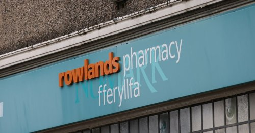 Pharmacists forced to pay back part of Covid bonus