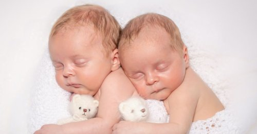 Mum gives birth to miracle twins after suffering 11 miscarriages