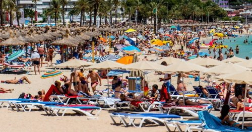 'Premature' to book summer holidays abroad Scots warned