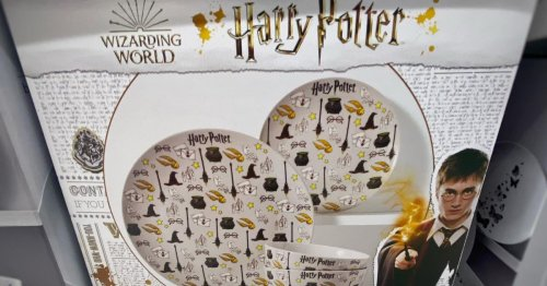 Harry Potter fans go wild for Asda's magical £30 dinner set