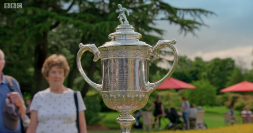 Antiques Roadshow viewers floored as Scottish Cup trophy valued at enormous sum