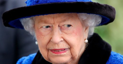 Queen's cheeky note to royal chefs after finding dead slug in her salad