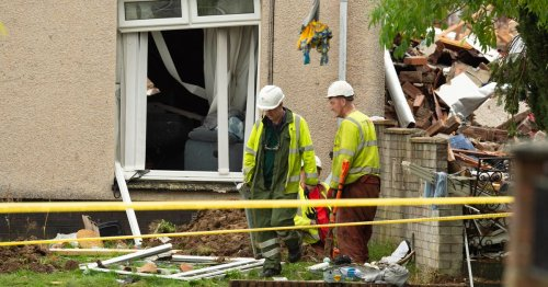 Ayr explosion: 35 homes still sealed off by cops as four houses to be demolished