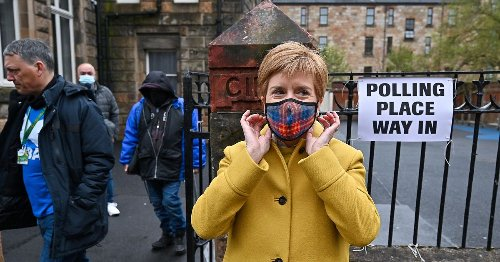 Nicola Sturgeon's SNP 'could miss out on majority by just one seat'
