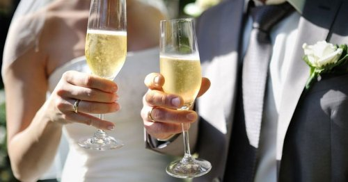 Woman walks out of friend's wedding over ridiculous rule on food menu
