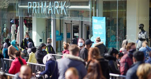 Folk wouldn't have to queue for hours if rich stopped pocketing world's wealth