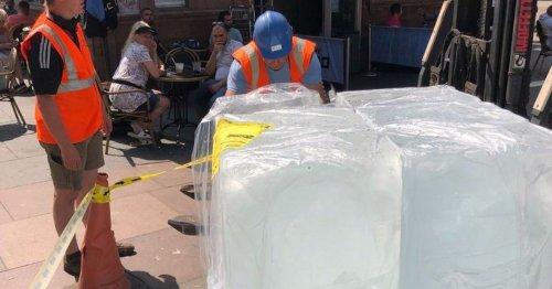 Scots confused after two giant ice blocks dumped on Glasgow street