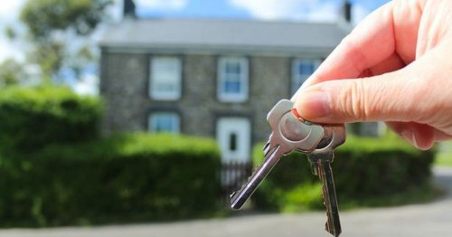 Homes at risk of break-ins as one-in-five admit hiding spare keys in garden
