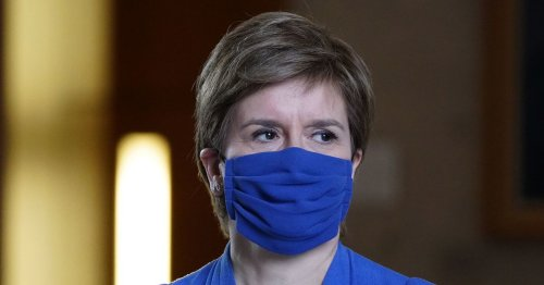 Nicola Sturgeon welcomes Scotland's u-turn on taking the knee against England