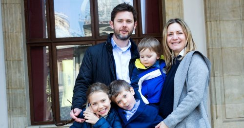 Mum kept apart from her husband working in Scotland due to Brexit red tape