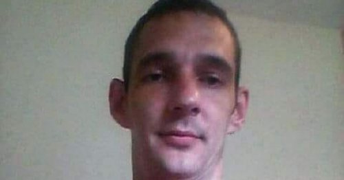 Scots weapons thug cleared of 'attack while wielding axe' on girlfriend