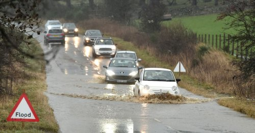 Scotland braced for 12 hours of rain with warning that homes could flood