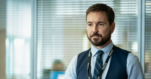 Line of Duty's Martin Compston celebrates 37th birthday with pub pints
