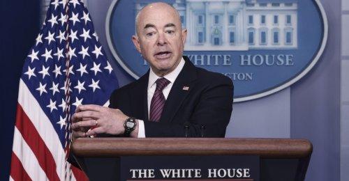 Homeland Security Chief Mayorkas 'Has to Resign,' Sen. Rick Scott Says