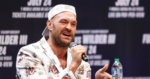 """Tyson Fury gets """"surprise"""" phone call from former US president Donald Trump"""