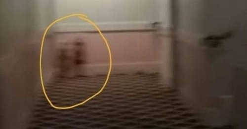 Ghosthunters film 'the twins from The Shining' at Britain's most haunted hotel