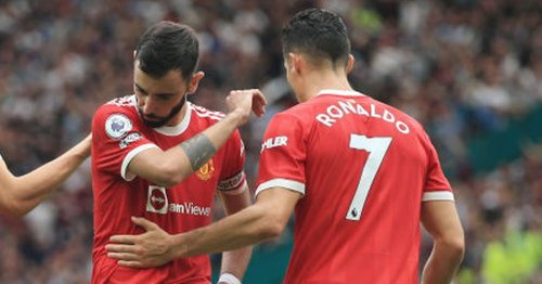 Cristiano Ronaldo's reaction to Bruno Fernandes penalty during Man Utd defeat