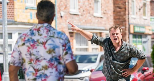 Corrie spoilers: Steve finds proof wife Tracy is having affair with Dev Alahan