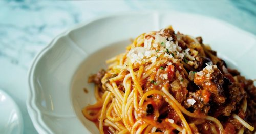 You've been cooking spaghetti bolognese wrong – Gino D'Acampo shows how to do it