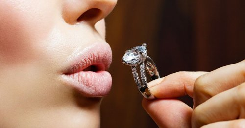 Expert shares value of lab-grown diamonds as Pandora stops selling natural ones