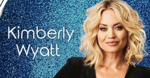 Kimberly Wyatt gears up for Dancing On Ice with tight gymwear in backstage snap