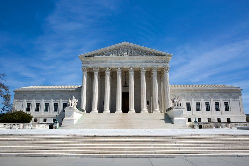 Supreme Court – Illegal immigrants ineligible to become permanent residents