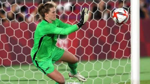 'I'm amazed' - USWNT marvels at Naeher after penalty heroics vs Netherlands   Goal.com