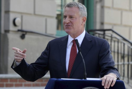 New York Mayor Bill De Blasio Threatens To Withhold Police Paychecks For Non-Compliance With Vaxx Mandate