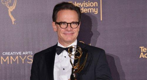 Peter Scolari Dies: Emmy-Winning 'Bosom Buddies', 'Newhart', 'Girls' Actor Was 66
