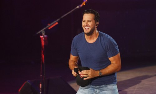 Luke Bryan Returns As 'American Idol' Judge After Missing First Live Show Due To Positive Covid Test
