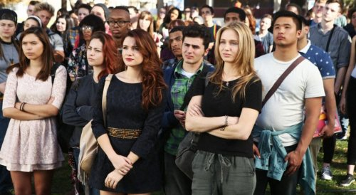 """'Faking It' Reunion: EP Carter Covington Says Show With Groundbreaking Representation & """"Challenging Premise"""" Would Be More Difficult To Get Made Today – ATX"""