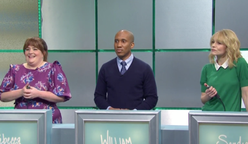 'SNL': Carey Mulligan Explains Why Regé-Jean Page Left 'Bridgerton' In Trivia-Game Sketch