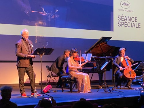 Bill Murray Rocks Cannes With Surprise Musical Performance At Premiere Of 'New Worlds'