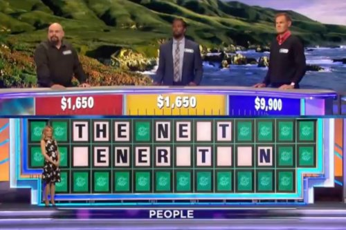 """'Wheel of Fortune' Blunder Stuns Viewers: """"Something a Person Might Say When The Anesthesia Wears Off"""""""