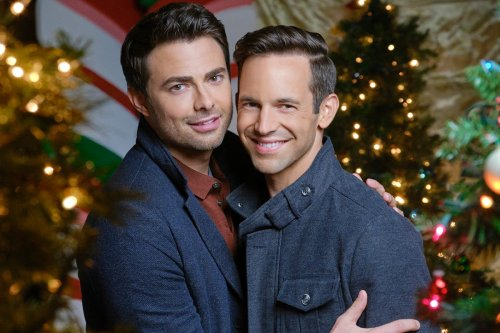 Stream It or Skip It: 'The Christmas House' on Hallmark Is the Best Hallmark Holiday Movie of the Year