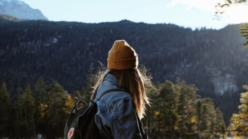 Feeling Lost: 9 Ways to Cope When You Feel Lost