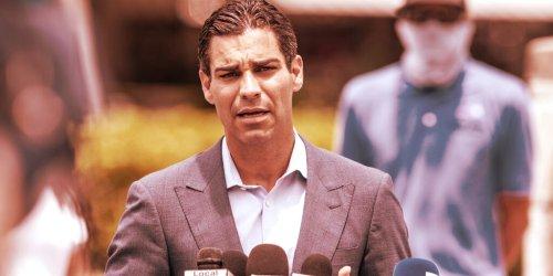 Bitcoin, Like Uber, Is 'Too Big to Regulate': Miami Mayor - Decrypt