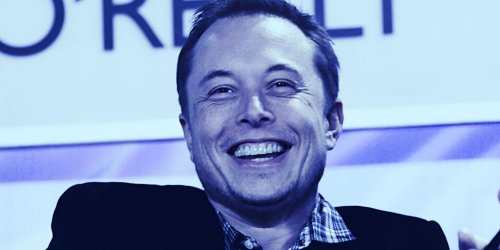 Elon Musk's Mom Name-Drops Dogecoin on SNL, Price Plunges - Decrypt