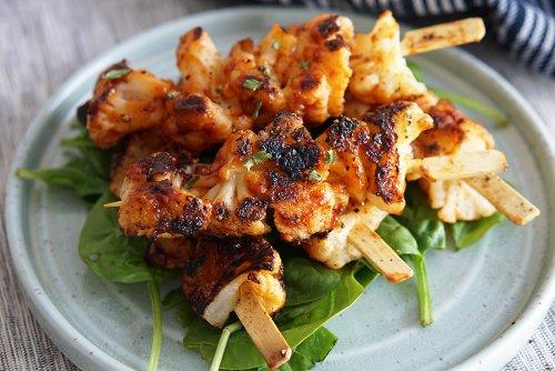 BBQ Grilled Cauliflower Skewers
