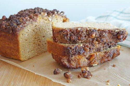 Keto Pumpkin Bread with Walnut Crumble